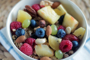 healthy-lunch-meal-fruits